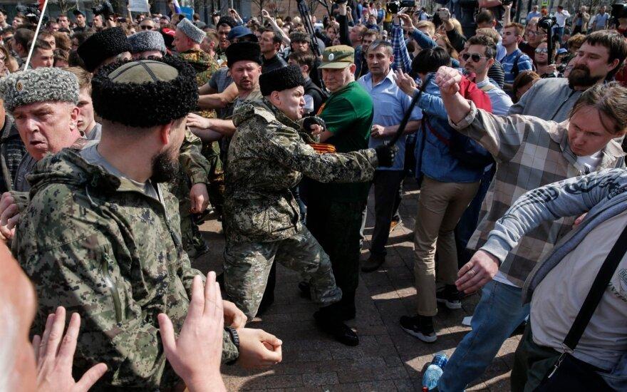 К разгону акций в Москве планируют привлечь казаков и ветеранов Донбасса