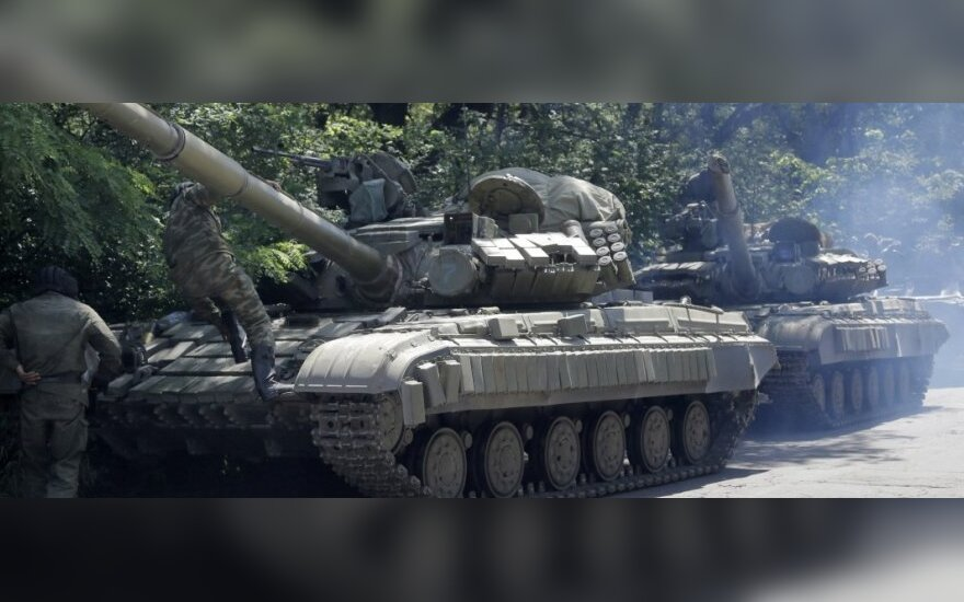 НАТО: Россия поставляет сепаратистам тяжелое вооружение