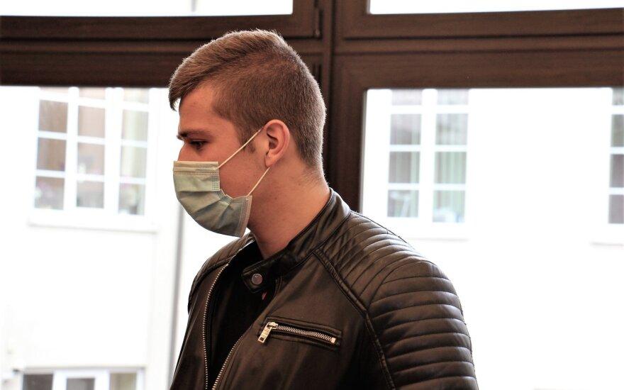 В суде – дело сломавшего девушке челюсть жителя Юрбаркаса: ждет дополнительный допрос