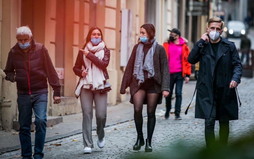 Правительство Литвы отменило обязательное ношение масок в начальной школе
