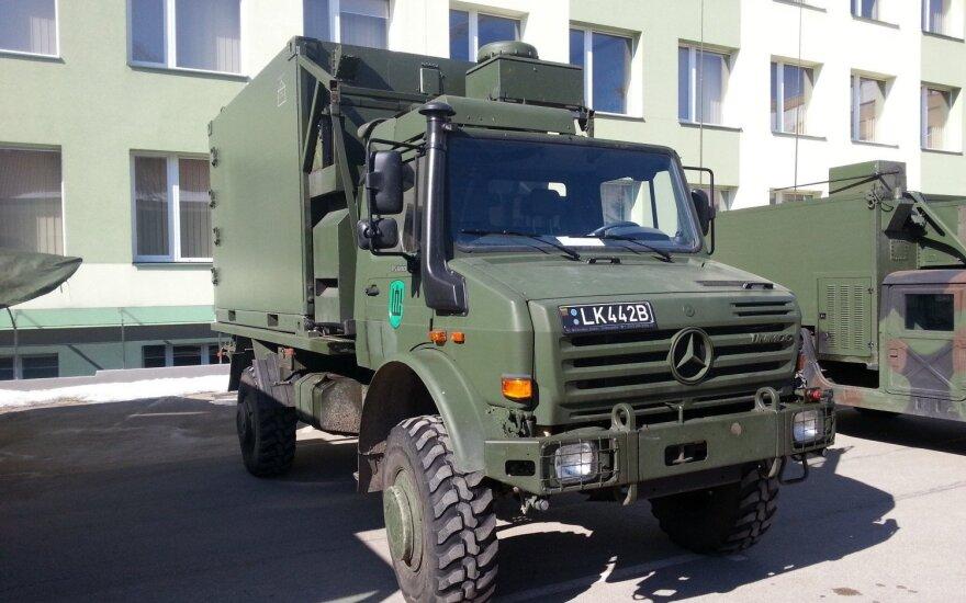 Литовской армии поставлены первые новые грузовики