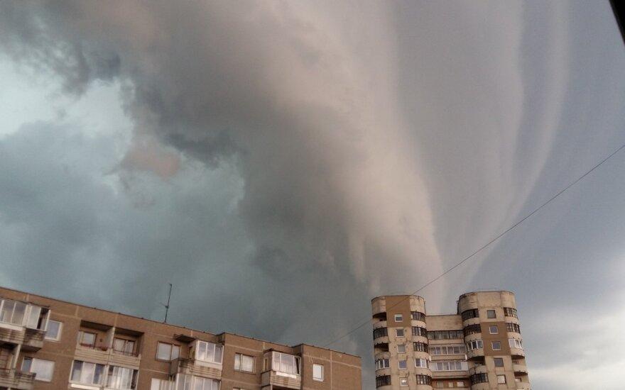Метеорологи предупреждают: приближается буря