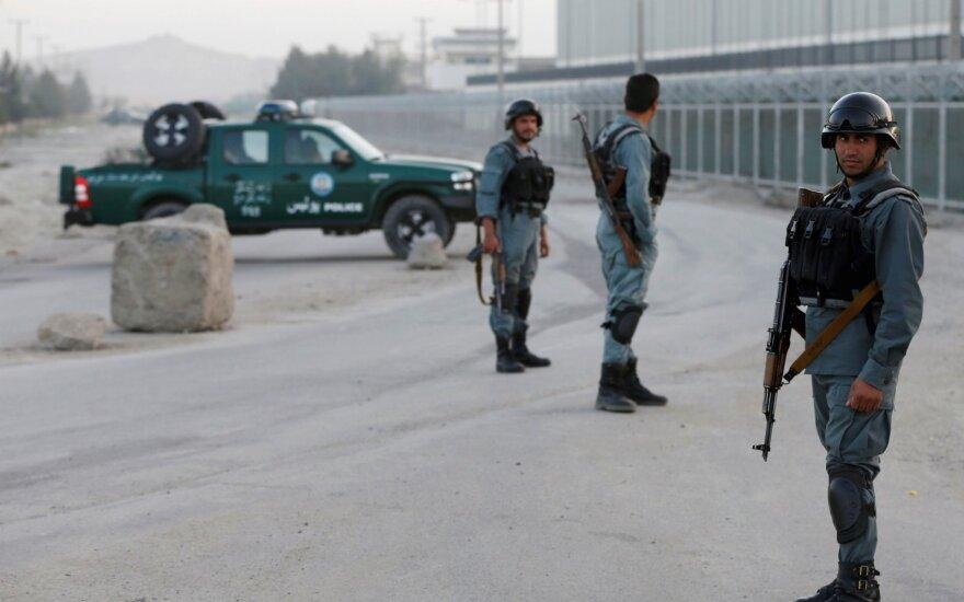 """Боевики """"Талибана"""" атаковали отель в Кабуле"""