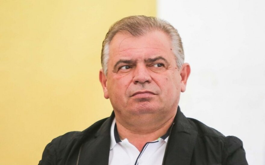 """Российский """"Альфа-Банк"""" пытается взыскать c литовского бизнeсмена 14,4 млн. евро"""