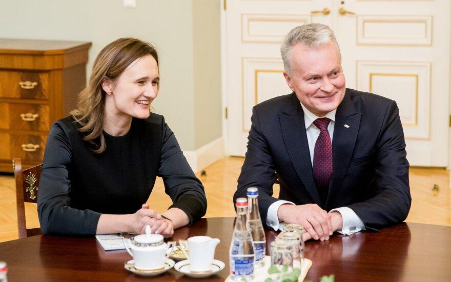 Viktorija Čmilytė-Nielsen, Gitanas Nausėda