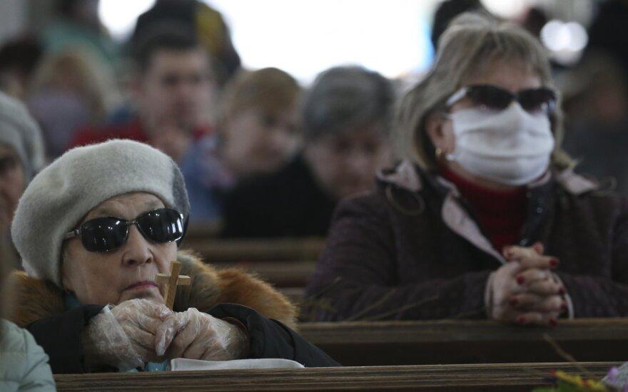 В Беларуси с начала вспышки зафиксирован 1981 случай коронавируса, умерли 19 человек