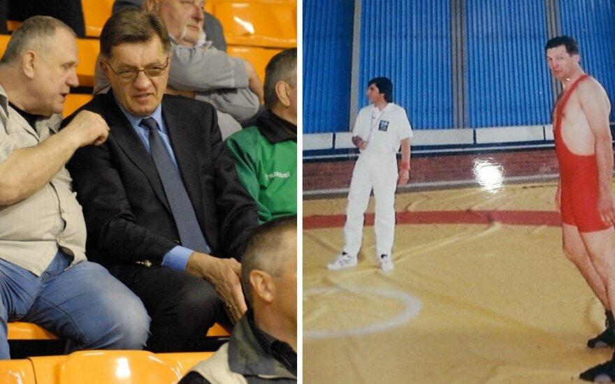 Algirdas Butkevičius tarp imtynių žiūrovų ir pats imtynių sektoriuje (Imtynes.lt nuotr.)