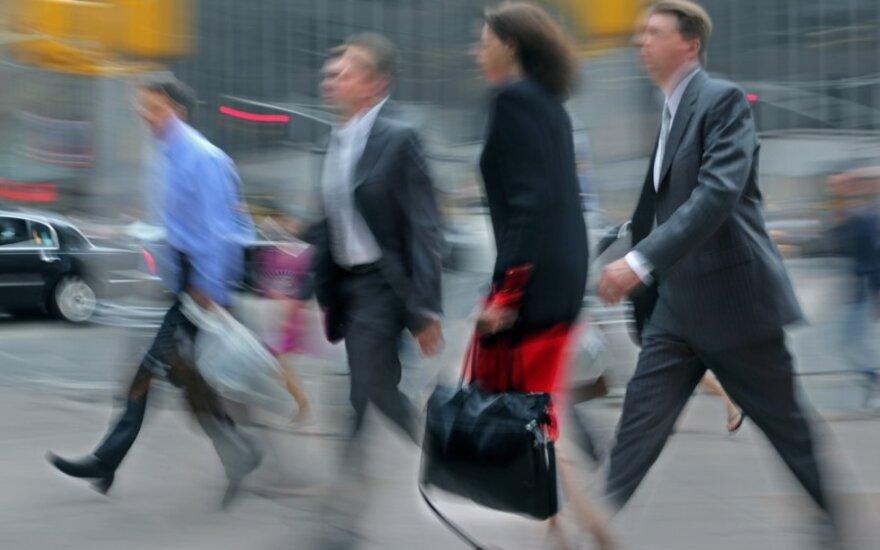 Количество работающих росло медленнее