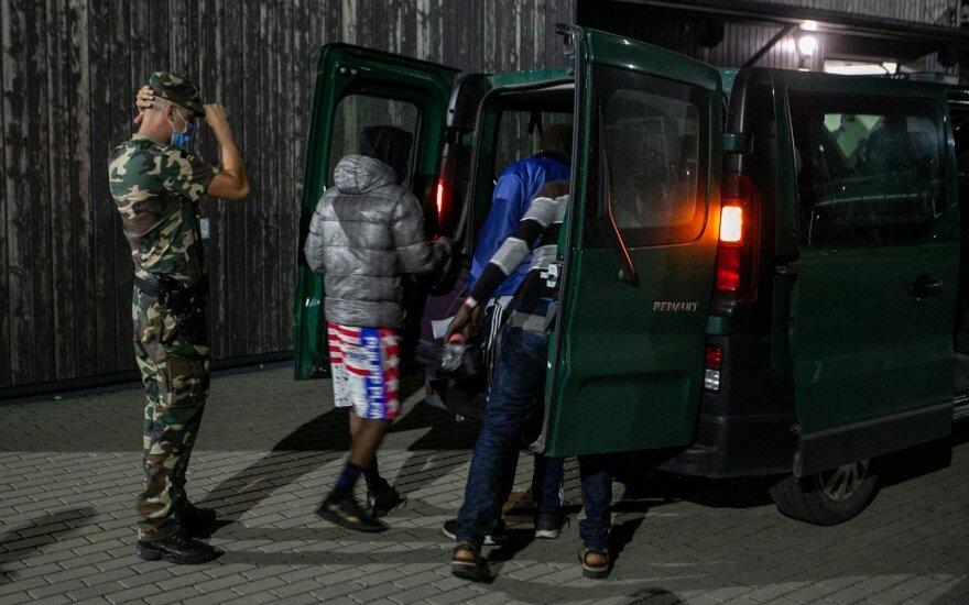 Операция по задержанию нелегалов: как пограничники ловят мигрантов