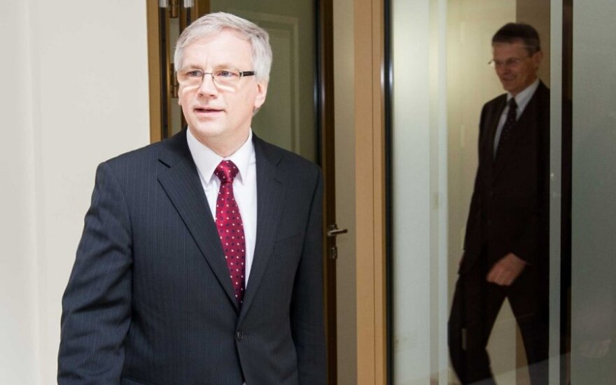 Министр финансов: после введения Латвией евро изменилось и экономическое положение Литвы