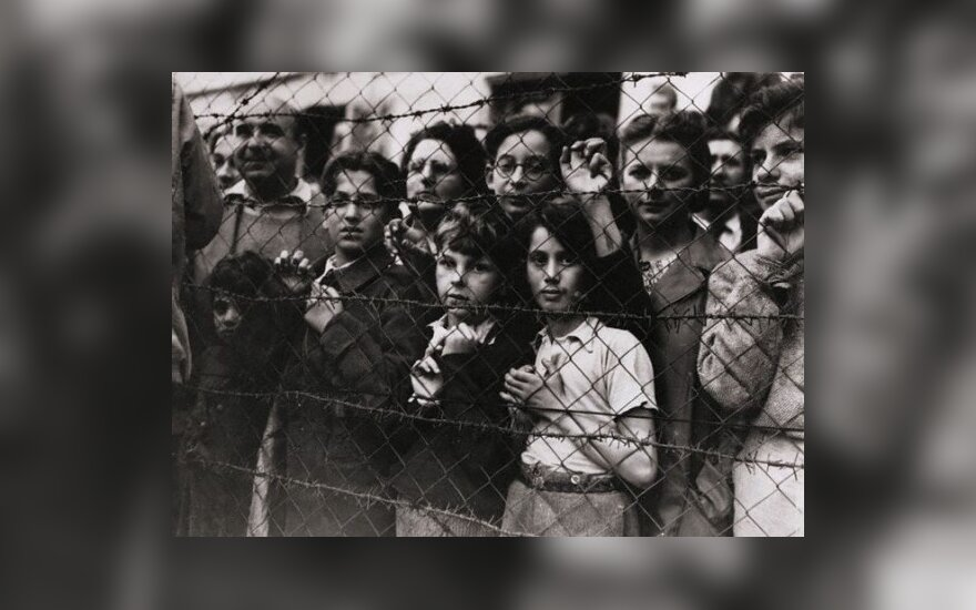 На сотни литовцев повесили ярлык убийц евреев