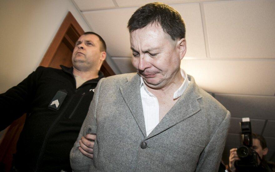 Подозреваемый в нападении на работников Iki говорит, что в РФ ему грозит расправа
