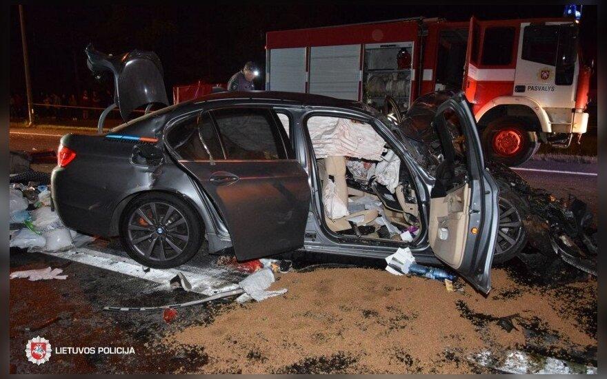 Трагическое ДТП в Пасвальском районе: погибли супруги, пострадали трое детей