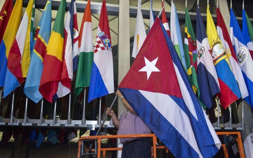 США и Куба официально восстановили дипломатические отношения
