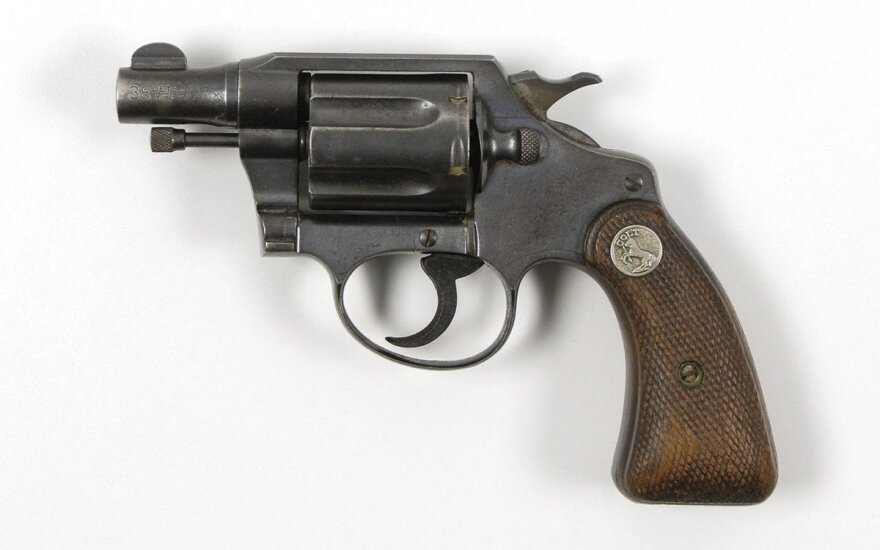 "Revolveris ""Colt"""