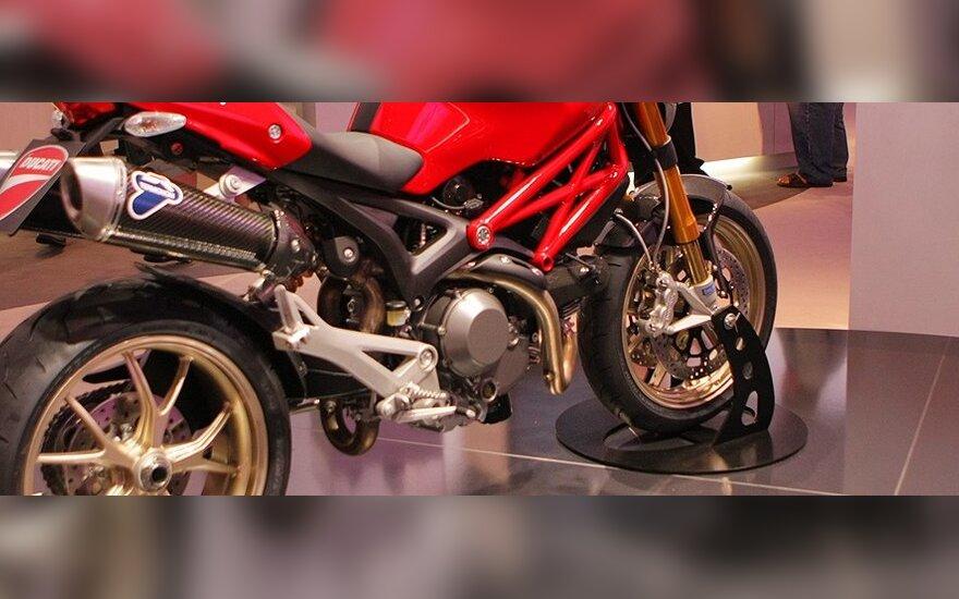 Как собирают мотоциклы Ducati за минуту и 19 секунд