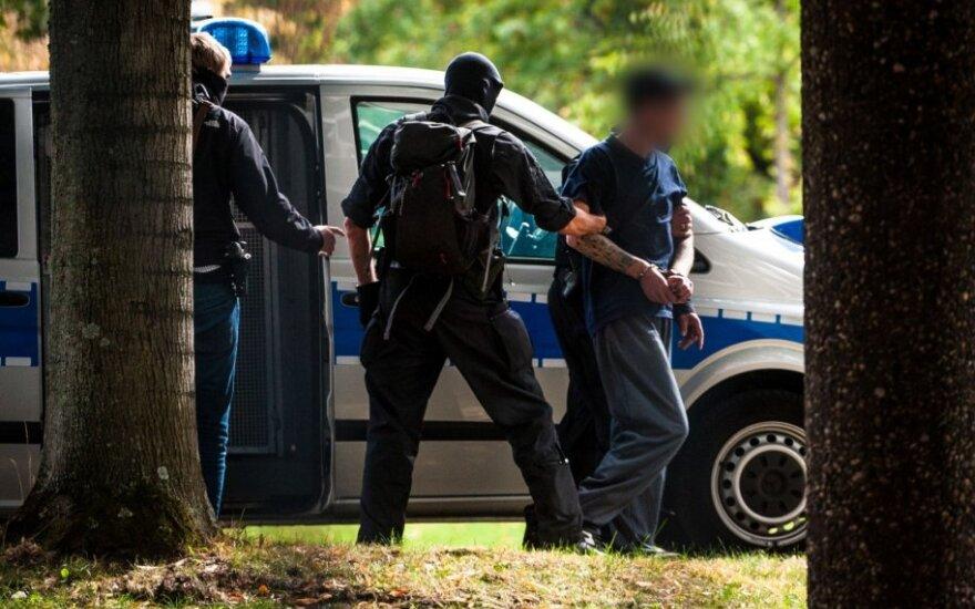 Vokietijos policija sulaikė galimai teroro aktą planavusius ultradešniųjų pažiūrų vyrus