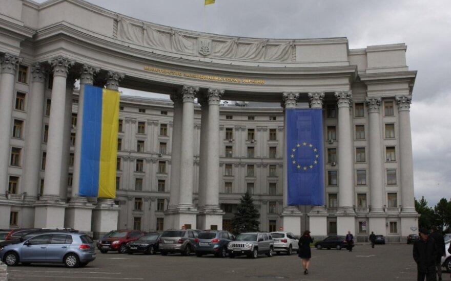 Замглавы МИД Украины дал совет белорусам: не пускайте этих русских к себе