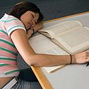 Moteris, miegas, knygos