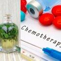 Chemoterapija ar alternatyvus gydymas: gydytoja piktinasi ir griauna mitus