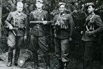 Pamirštieji kariai