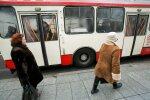 Viešojo transporto stotelėse – kova be taisyklių