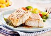 Mokslininkai ragina susirūpinti: valgome vaistiniais preparatais užterštą žuvį