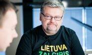 """Sparnuotąją frazę """"Lietuva, Žalgiris, Landsbergis!"""" ištaręs Čeponis jau turi firminius marškinėlius"""