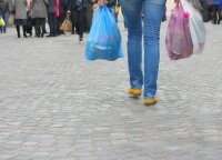 Fines for some free plastic bags in stores set