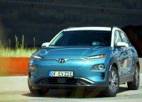 """Elektrinio """"Hyundai Kona"""" testas: galimybės – kaip """"Tesla"""", bet kaina – kur kas mažesnė"""