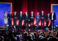 Iškilmingai apdovanoti nusipelnę pasaulio lietuviai