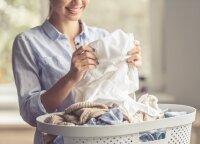 Kaip tinkamai prižiūrėti drabužius, kad jie nesusidėvėtų po kelių skalbimų?