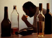 Paprastas tikro alkoholiko patarimas: ristis žemyn nesustosi, kol neištaisysi vienos klaidos
