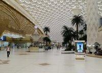 Šiurpūs pasaulio oro uostai: neįprasti keleivių patikrinimai, flomasteriu rašomi skrydžiai ir tuščias, auksu nulietas terminalas