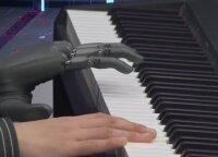 Viltis žmonėms su negalia: išmanus rankos protezas prilygsta tikrai galūnei