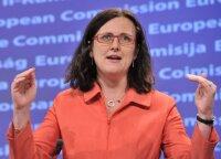 Malmstrom: ES imsis atsakomųjų veiksmų, jeigu Trumpas įves muitus automobiliams