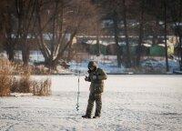 Žvejams teks pakrapštyti pinigines: Mažeika siūlo branginti žvejo bilietą