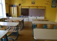 Siūlo atsisveikinti su mokyklomis kaimuose: jei nepatinka Estija, žiūrėkime į Lenkiją