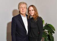 Stella McCartney – gamtą puoselėjanti dizainerė, bandžiusi pabėgti nuo tėvų šlovės