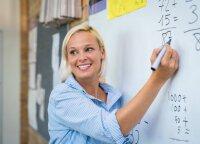 """""""Ačiū už pamokas"""" ir vėl kviečia padėkoti savo mokytojams: mylimiausi mokytojai bus apdovanoti"""