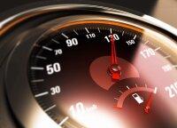Kreipėsi į vairuotojus: kaip galite suvaldyti mašiną, kai važiuodami greitai nesuvokiate, kas vyksta