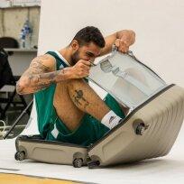 Augusto Lima lenda į lagaminą
