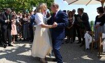 V. Putinas atvyko į Austrijos užsienio reikalų ministrės vestuves