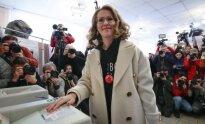 Ksenija Sobčak balsuoja