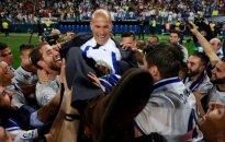 Madrido Real strategas Zinedine'as Zidane'as ant savo auklėtinių rankų
