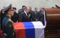 Aštuoni negyvi įtakingi Rusijos politikai ir diplomatai per penkis mėnesius – ore kybo daug neatsakytų klausimų