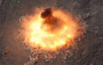 """BLU-82 """"Daisy Cutter"""" sprogimas"""
