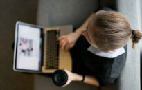 Geros naujienos moterims: karjeros aukštumas pasieks lengviau