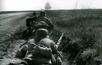 1941 m. vasara. Mūšio bekraščiuose Ukrainos laukuose akimirka.