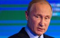 V. Putinas užsipuolė Lietuvą dėl sprendimo neįsileisti Rusijos teisėjų